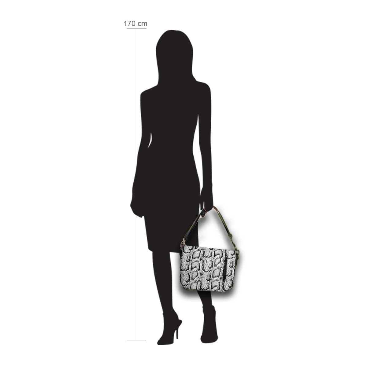 Modellpuppe 170 cm groß zeigt die Handtaschengröße an der Person Modell:Cadiz