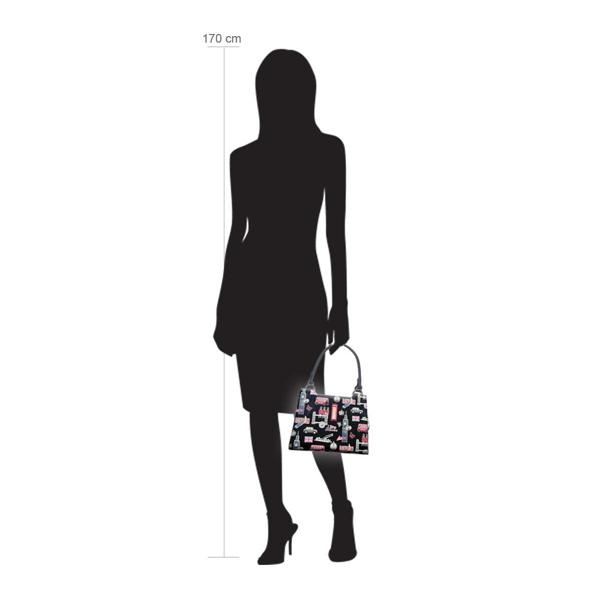 Modellpuppe 170 cm groß zeigt die Handtaschengröße an der Person Modell:Britannia