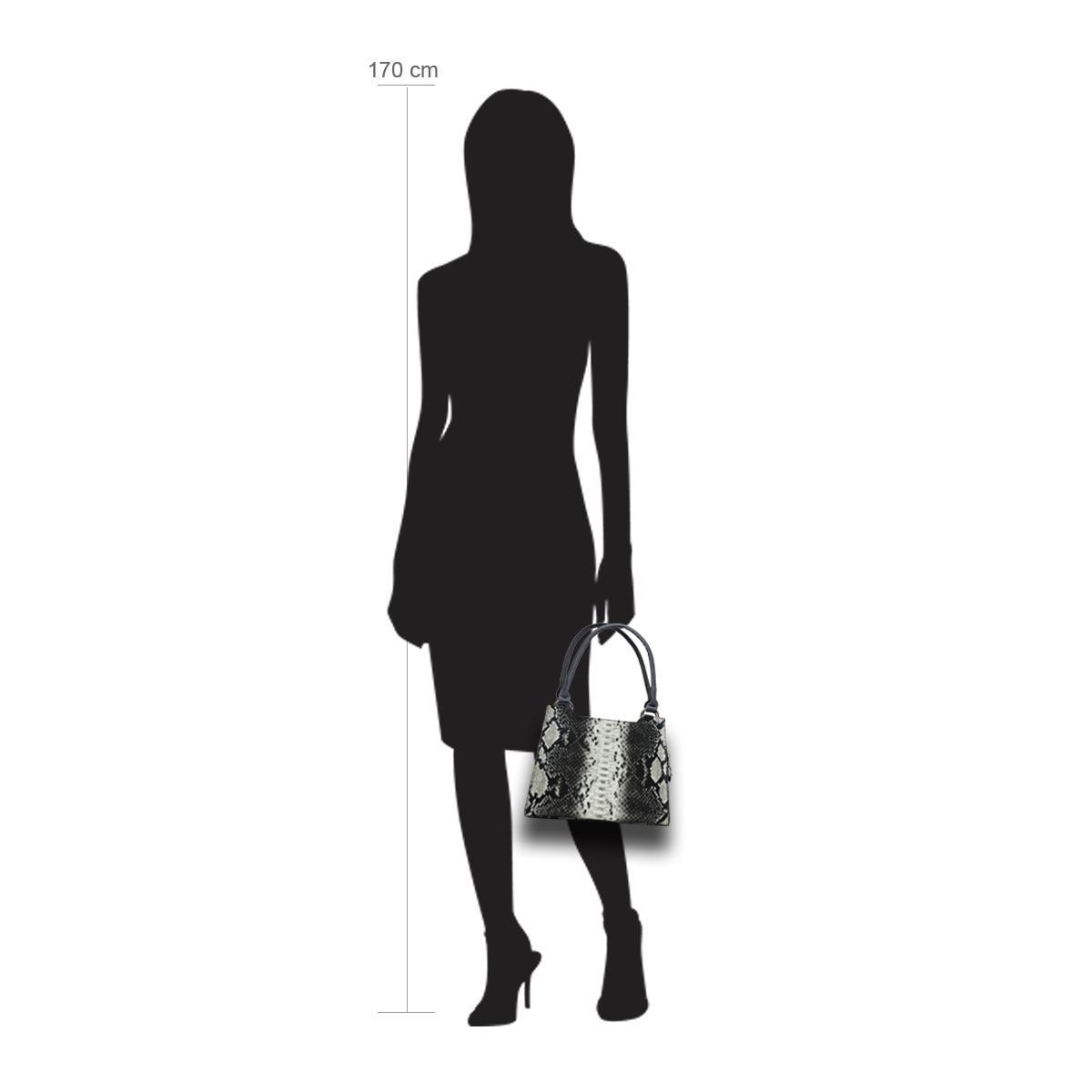 Modellpuppe 170 cm groß zeigt die Handtaschengröße an der Person Modell:Mombasa