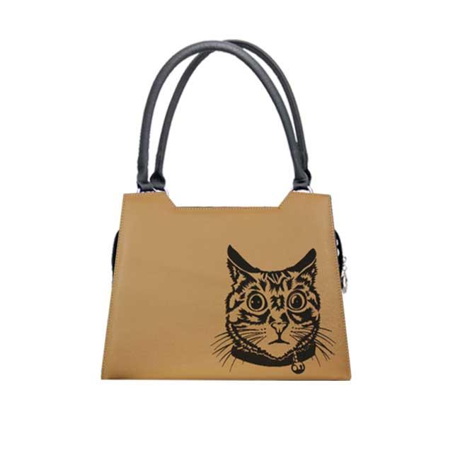 Sandfarbenes Design  mit Lasergravur Katze Modell Elegance