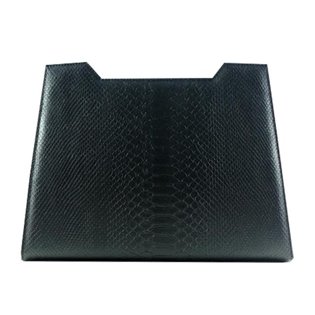 Devon Design in schwarz  mit Schlangenoptik