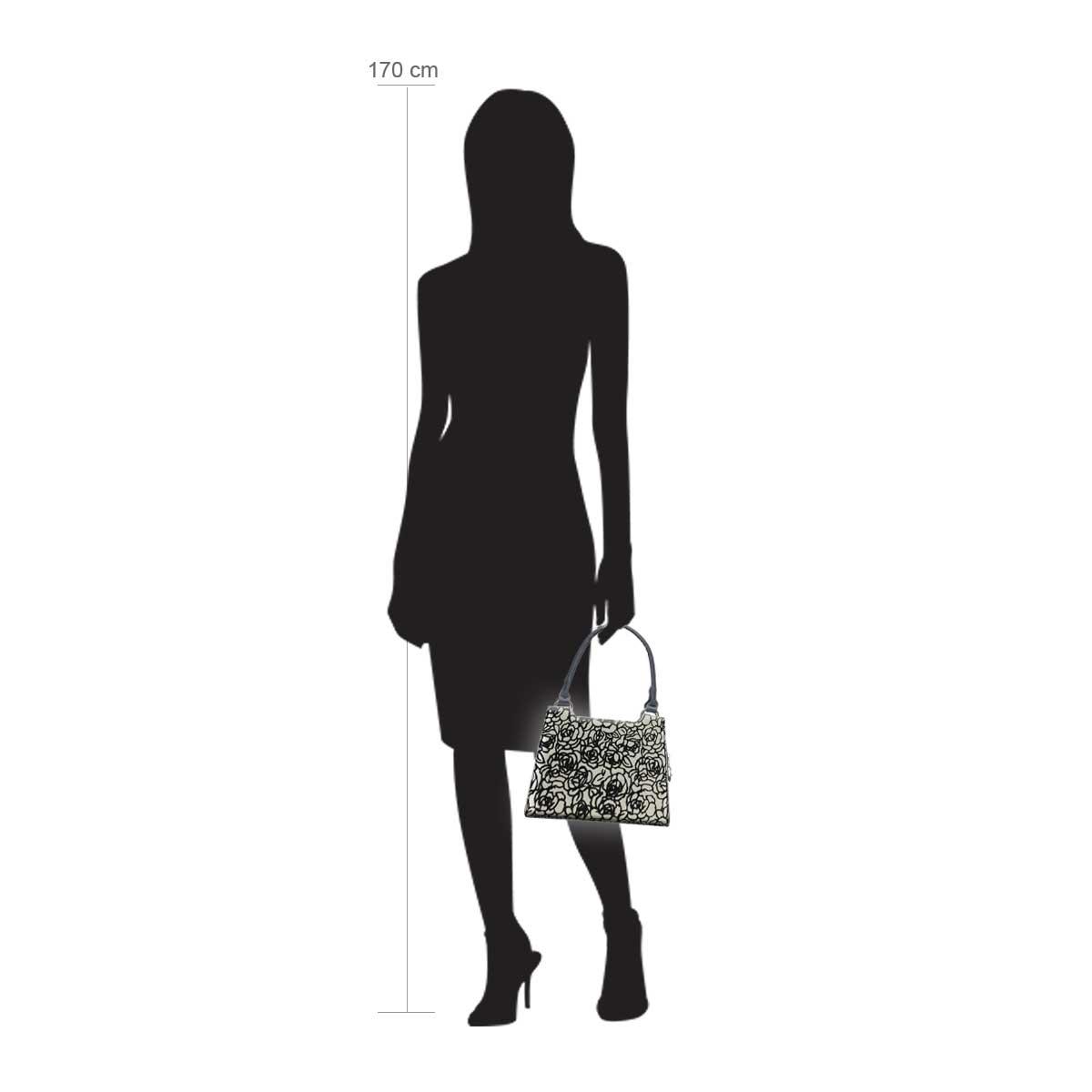 Modellpuppe 170 cm groß zeigt die Handtaschengröße an der Person Modell:Marrakesch